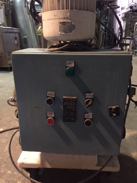 USED 30 LITRES STAINLESS STEEL TANK