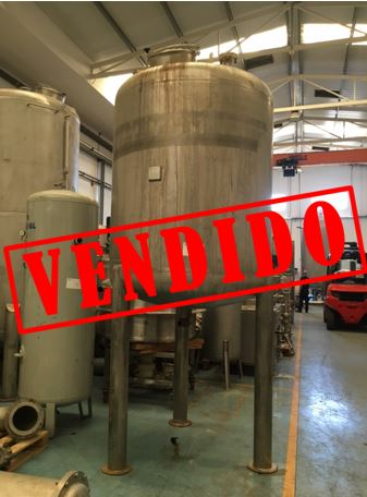 USED 3000 LITRES STAINLESS STEEL TANK