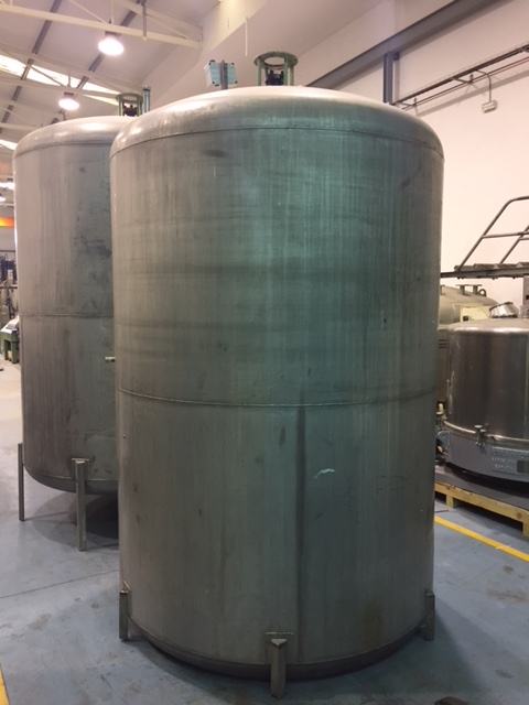 USED 5000 L STAINLESS STEEL 316 TANK WITH AGITATION