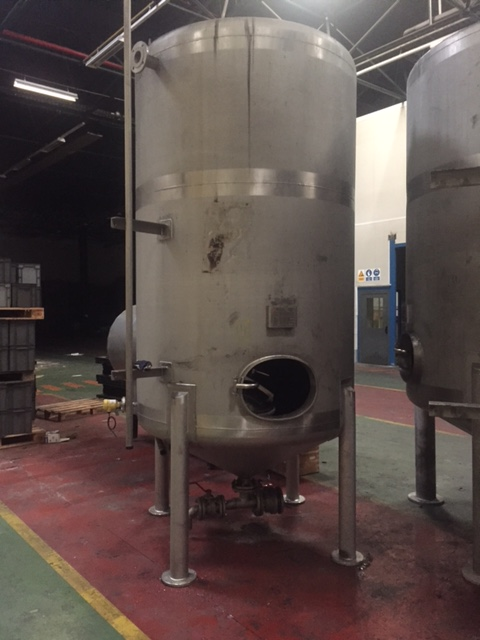USED 5000 LITRES STAINLESS STEEL TANK