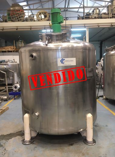 USED 3000 LITRES STAINLESS STEEL TANK WITH AGITATION
