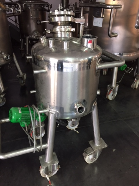 USED 90 LITRES STAINLESS STEEL 316L TANK