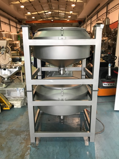 USED STAINLESS STEEL 316L 330 LITRES TANK