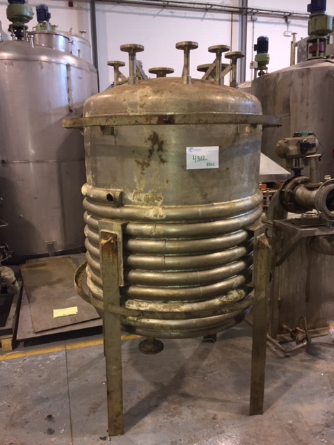USED STAINLESS STEEL 316L 850 LITRES TALLERES MORES TANK WITH HALF-COIL JACKET