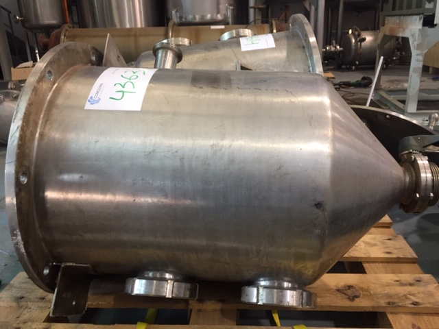 USED STAINLESS STEEL 90 LITRES TANK