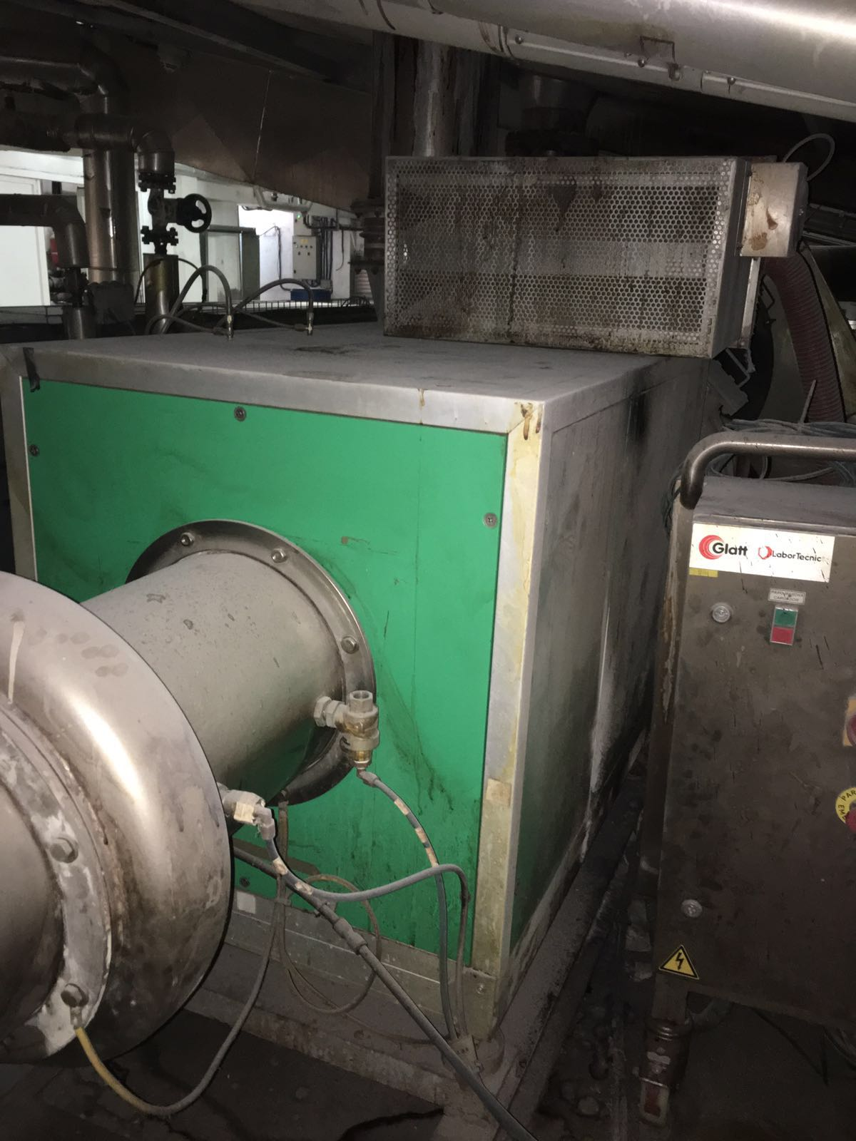 USED AEROMATIC MODEL T-4 STAINLESS STEEL FLUID BED DRYER