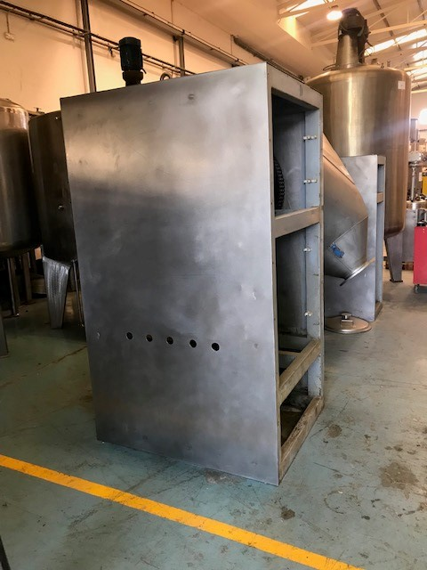 USED STAINLESS STEEL 1700 LITRES IPROCOMSA V MIXER