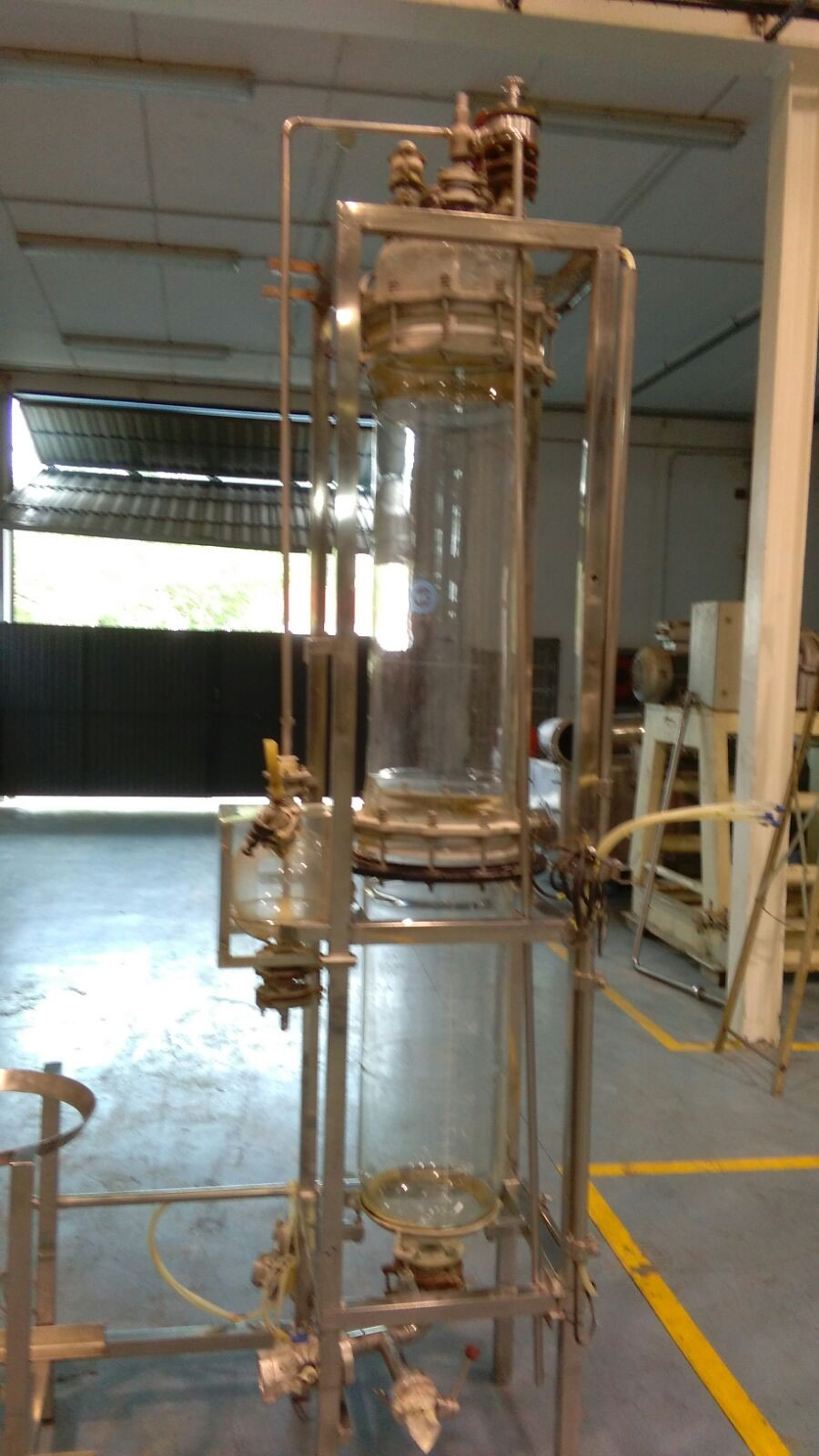 USED 3.3 BOROSILICATE GLASS COLUMN