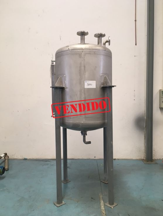 USED 500 LITRES STAINLESS STEEL 304 TANK