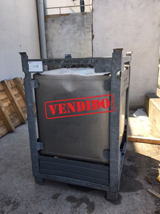 USED STAINLESS STEEL 1.000 LITRES TANK