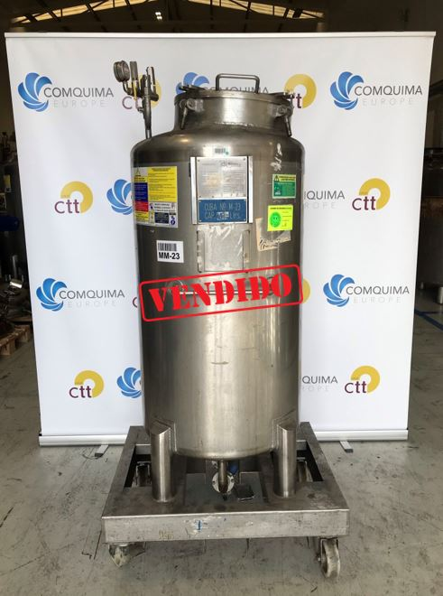 USED STAINLESS STEEL 400 LITRES TANK