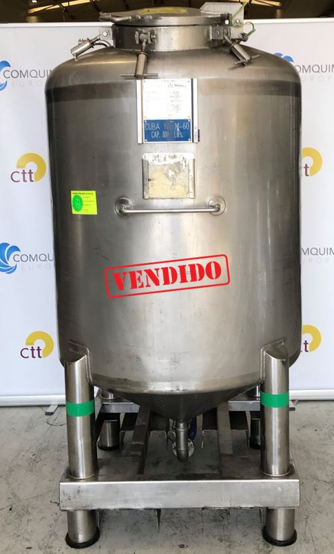 USED STAINLESS STEEL 800 LITRES TANK