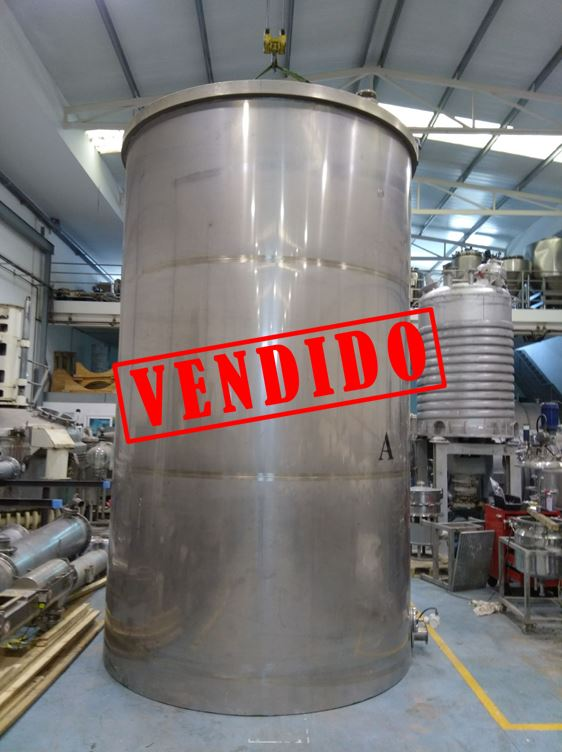 USED 20000 L STAINLESS STEEL TANK WITH AGITATION