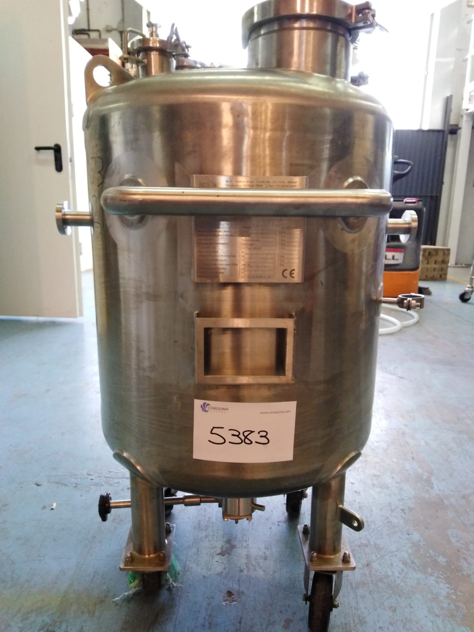 USED STAINLESS STEEL 150 LITRES TANK WITH AGITATION